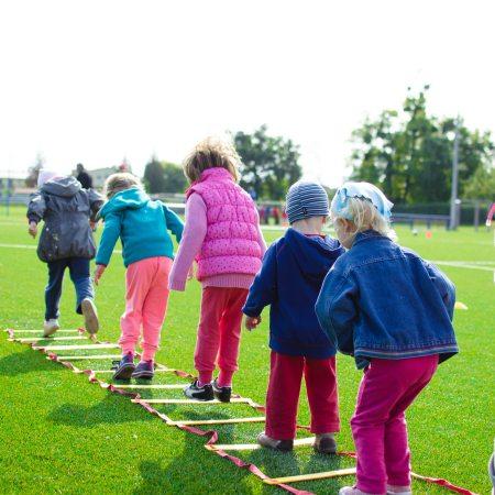 children with peanut allergies - food allergy in children - invisibly allergic blog